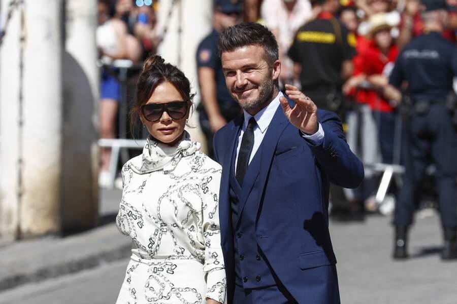 David et Victoria Beckham font partie du cercle d'amis de Meghan Markle et du prince Harry, la duchesse de Sussex n'hésitant pas à s'afficher avec les vêtements de la styliste.