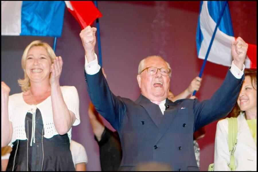 Marine Le Pen lui apportait son soutien