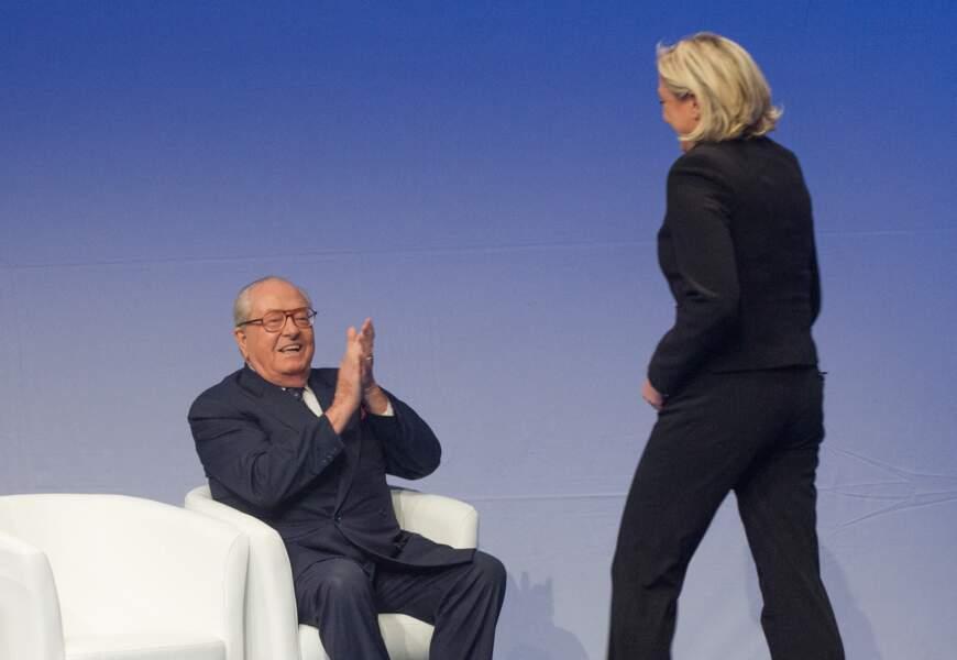 Jean-Marie et Marine Le Pen sont apparus complices