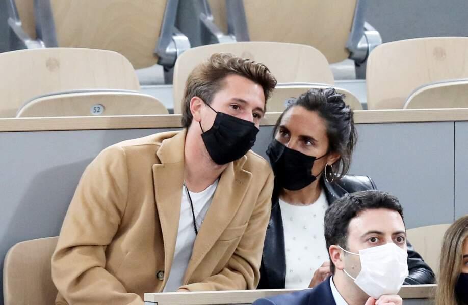 Alessandra Sublet et son compagnon Jordan Deguen en tribune lors de la finale homme des internationaux de France de Roland Garros à Paris le 11 octobre 2020.