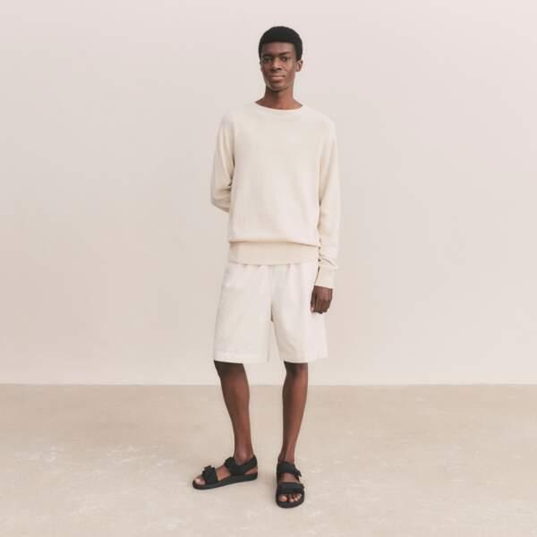 Pull en Maille 3D, 39,90€, Uniqlo U  - T-shirt Col Rond, 12,90€, Uniqlo U - Short, 29,90€, Uniqlo U
