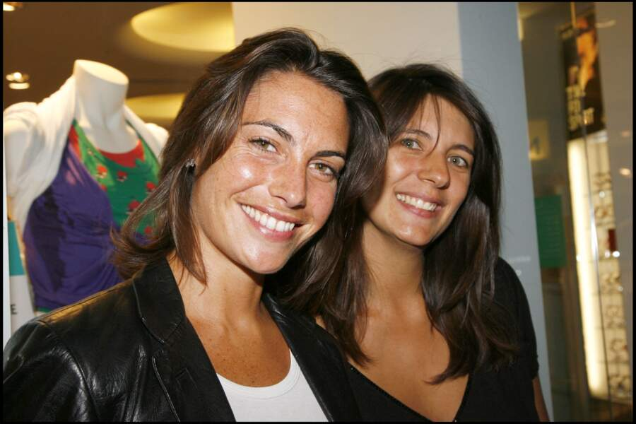Alessandra Sublet et Estelle Denis à l'ouverture du premier magasin Nike entièrement dédié aux femme à Paris en 2007