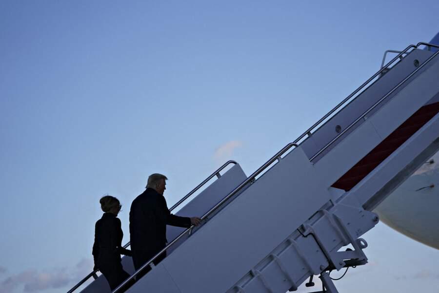 Melania et Donald Trump quittent Washington pour leur refuge de Mar-a-Lago en Floride
