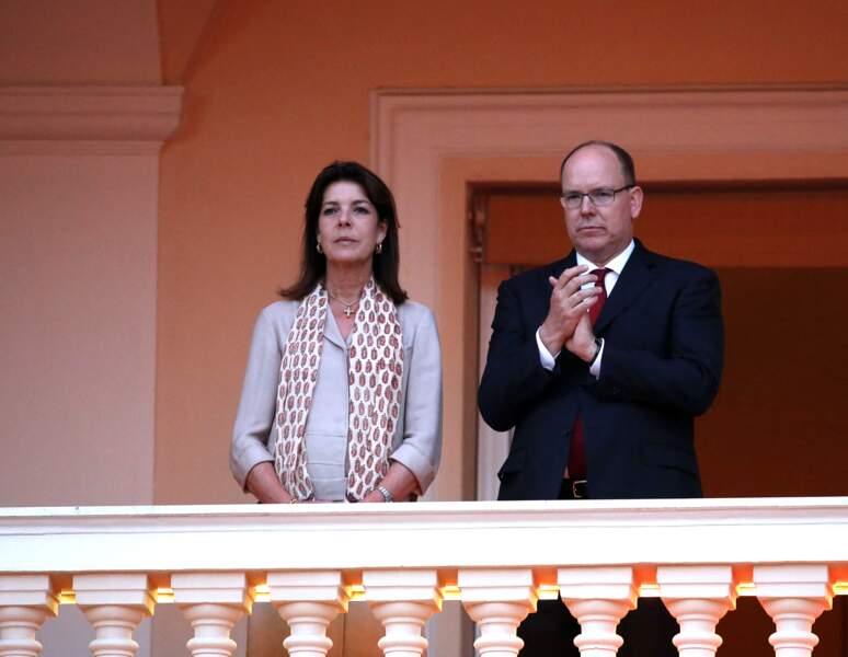Caroline de Monaco et son frère, le prince Albert (ici sur la Place du Palais le 23 juin 2015), sont les aînés de Stéphanie de Monaco