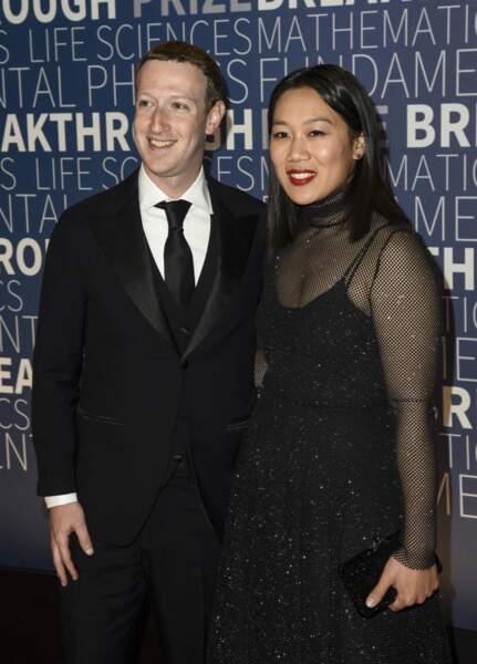 Mark Zuckerberg et Priscilla Chan, ici à la soirée Breakthrough Prize au Ames Research Center à Mountain View le 4 novembre 2018, un couple puissant discret