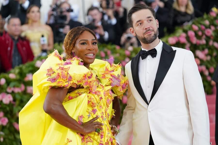 Nul doute que les Sussex ont pris exemple sur leurs amis Serena Williams et Alexis Ohanian, ici au MET Gala du 6 mai 2019, à New York