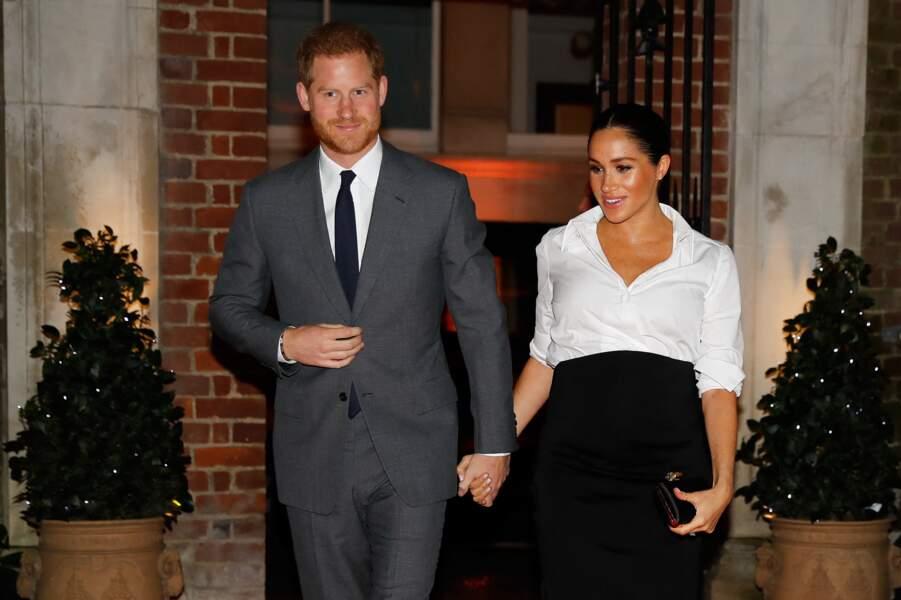 Rebelles de la monarchie, ci-dessus au Endeavour Fund Awards le 7 février 2019, Meghan Markle et le prince Harry ont quitté la Firme main dans la main