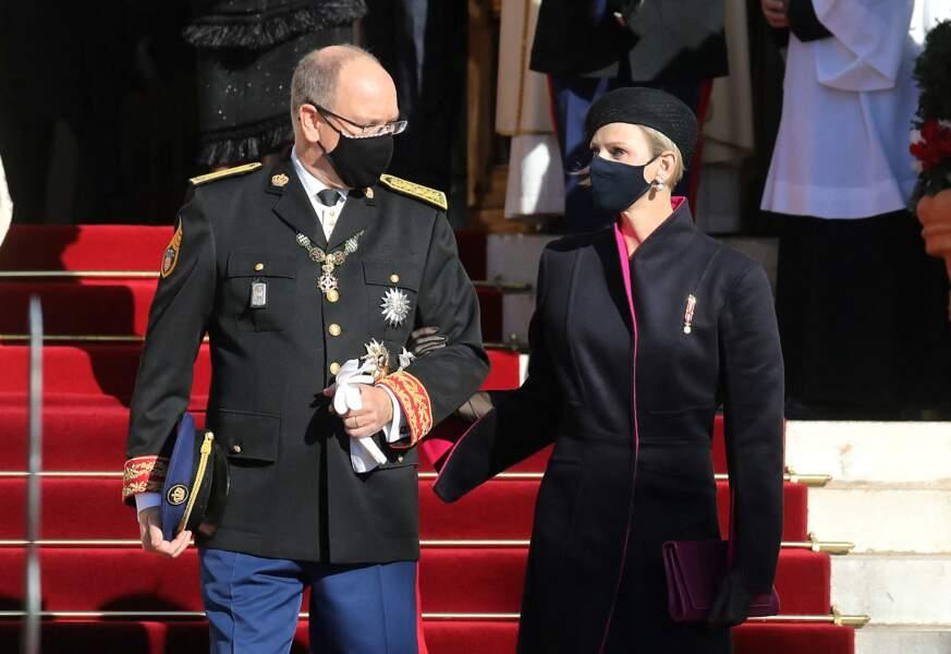 Le prince Albert II Charlène de Monaco à la cathédrale de Monaco pour la Fête nationale de la Principauté le 19 novembre 2020