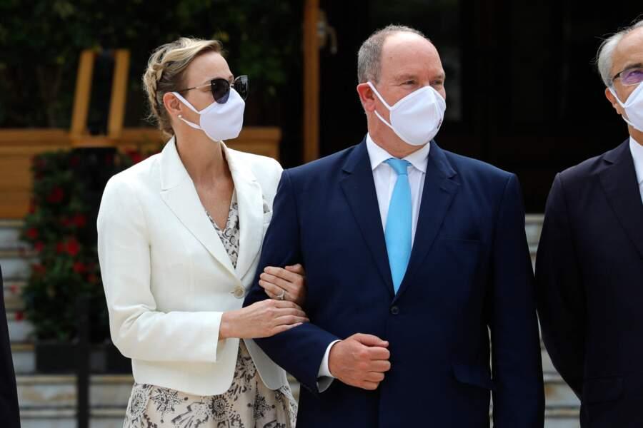 Le prince Albert et Charlène de Monaco lors de l'inauguration de la nouvelle Place du Casino à Monaco, le 2 juin 2020