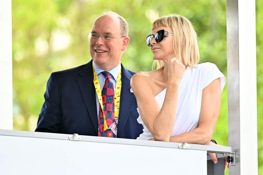 Charlène de Monaco et le prince Albert II lors du 1er jour du Tour de France, le 29 août 2020, à Nice