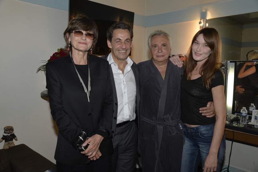 Anne-Marie Périer, Nicolas Sarkozy, Michel Sardou et Carla Bruni-Sarkozy dans la loge de l'Olympia à l'issue du concert de Michel Sardou   le 7 juin 2013.
