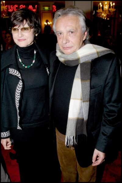 """Michel Sardou et son épouse Anne-Marie Périer à la Première de la pièce """"Sur la route de Madison"""" au théâtre Marigny"""
