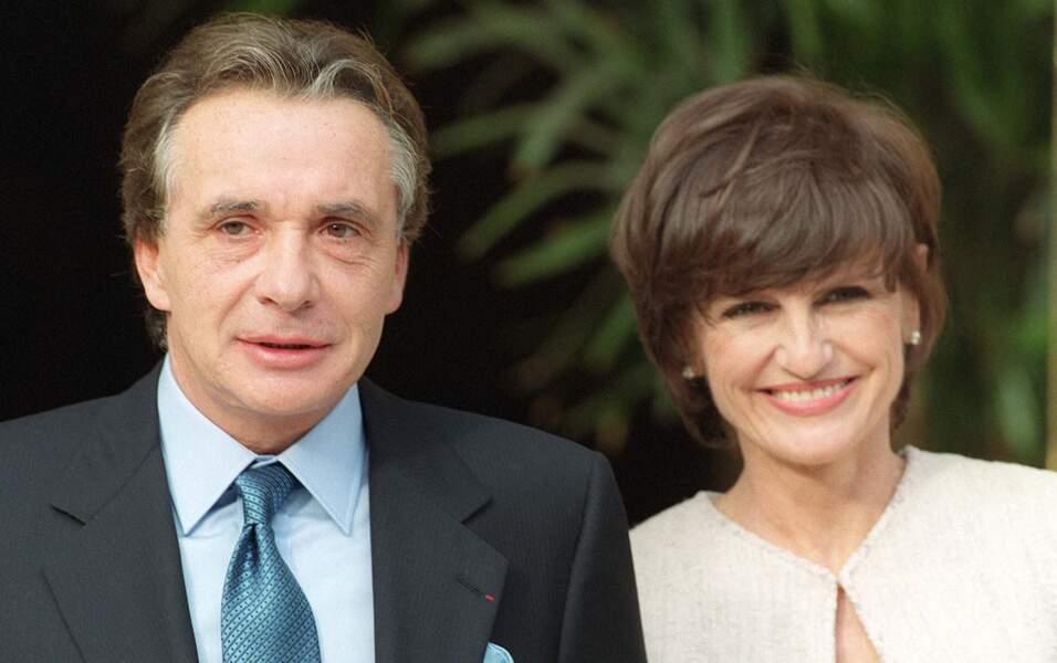 Michel Sardou et son épouse Anne-Marie Périer le jour de leurs noces en 1999