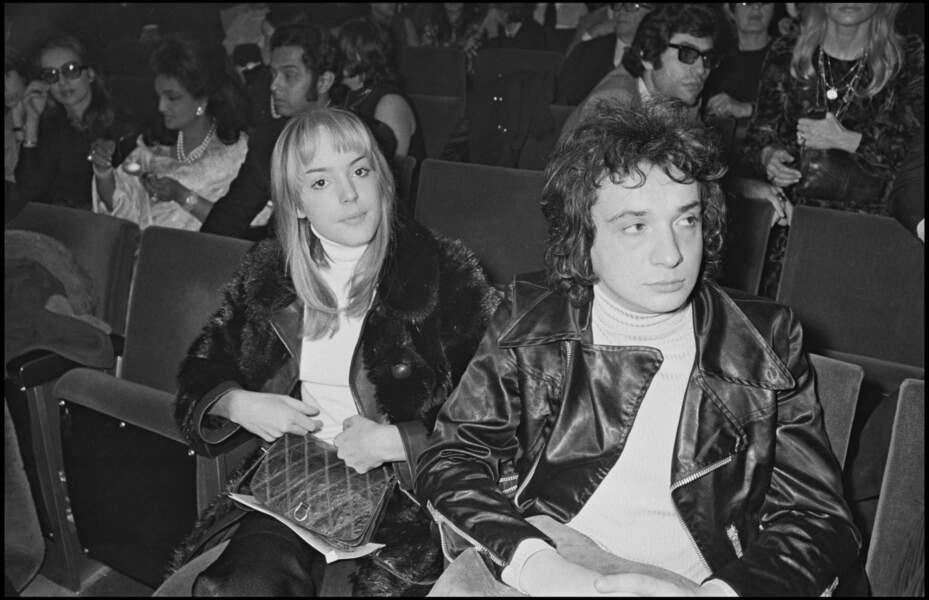 """Michel Sardou et Elizabeth Haas, dite """"Babette"""", à un concert de Dalida à l'Olympia en 1971"""