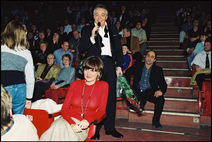 Michel Sardou en concert à Bercy avec sa femme Anne-Marie Périer en 2001