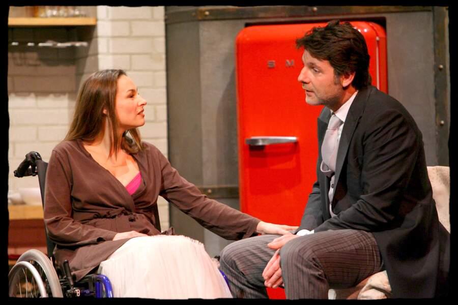 Vanessa Demouy et Philippe Lellouche lors d'une représentation du Jeu de la Vérité 2 au Théâtre des Mathurins en 2008