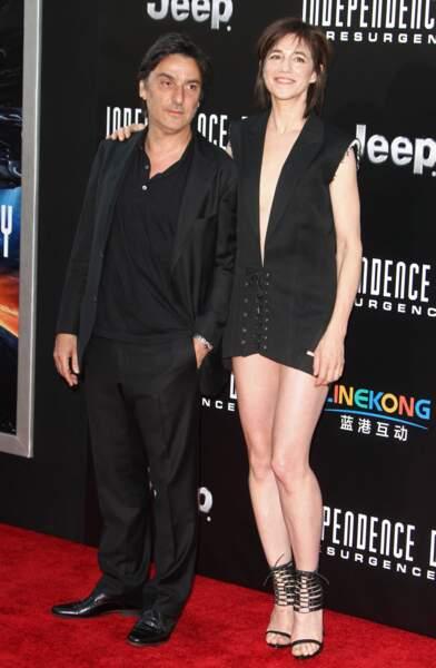 Charlotte Gainsbourg et Yvan Attal à la première d'Indepenence Day à Hollywood en juin 2016