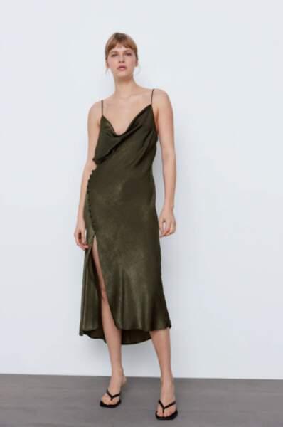 Robe nuisette fendue - Zara, 30€