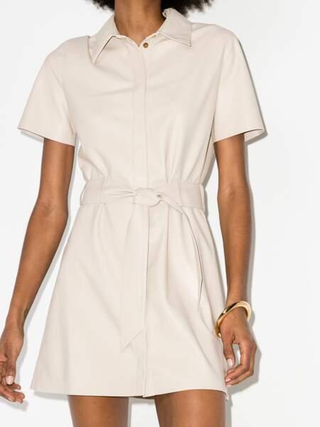 Robe-chemise mi-longue en cuir artificiel - Nanushka, 465€