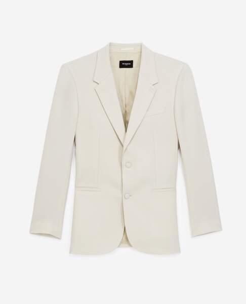Veste de costume écrue, 465 €, Tina For Vincent pour The Kooples