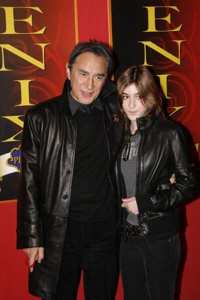 Richard Berry et sa fille Joséphine Berry lors du 20ème anniversaire de l'Association Petit Prince au cirque Phénix à Paris, le 3 décembre 2007