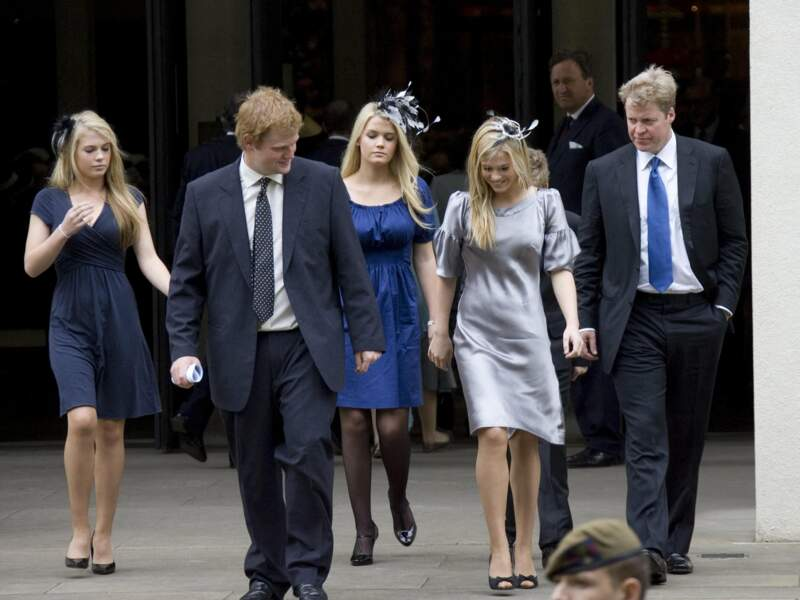 Lady Eliza Spencer, sa sœur jumelle Lady Amelia, George McCorquodale, Lady Kitty Spencer et Lord Charles Spencer à Londres le 31 août 2007