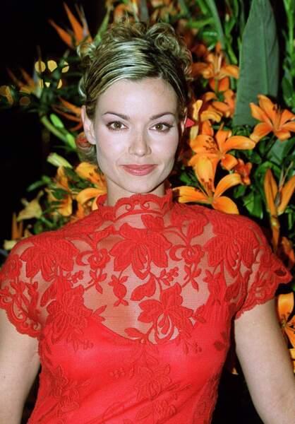 """Ingrid Chauvin, au festival de télévision de Monte-Carlo, à Monaco, le 22 février 2001. A l'époque, l'actrice est la star de la série """"Femmes de loi""""."""