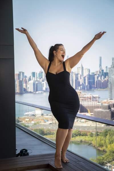 Ashley Graham a un credo : se répéter chaque jour « Tu es audacieuse, tu es brillante et tu es belle »