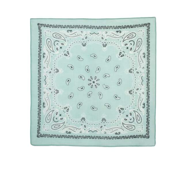 Bandana en coton biologique, 10€,  Collection Go For Good par Galeries Lafayette