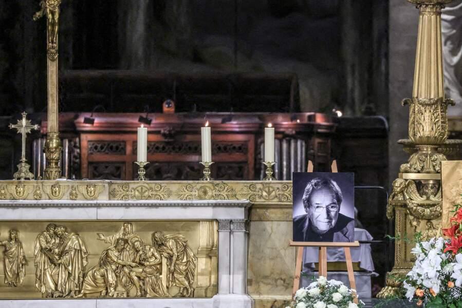Ce mardi 9 février 2021, une messe en hommage à Robert Hossein a été célébrée par Mgr Michel Aupetit, archevêque de Paris, en l'église Saint-Sulpice, à Paris.