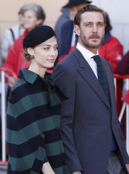 Beatrice Borromeo, très élégante en look tartan signé Dior, son mari Pierre Casiraghi, lors de la Fête nationale  à Monaco, le 19 novembre 2019.