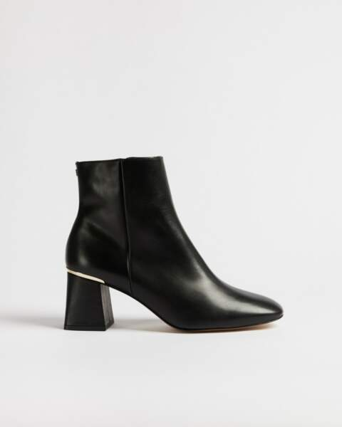 Bottines à talons carrés, 205€, Squarel sur Ted Baker London