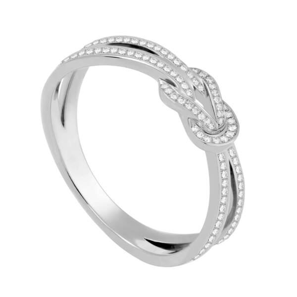 Alliance en diamants, 3 060 €, Fred Joaillier.