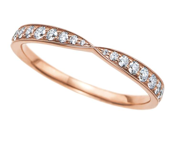 Alliance en or et diamants, 2 700 €, Tiffany&Co.