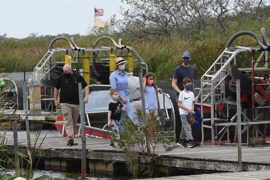 Ivanka Trump, Jared Kushner et leurs enfants ont profité du parc d'alligators pour une excursion en bateau