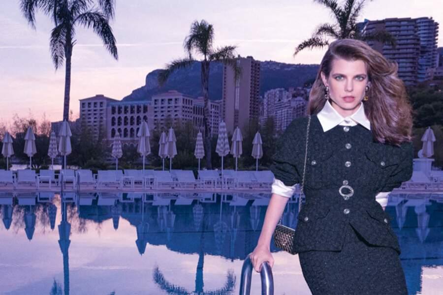 Charlotte Casiraghi, incarnation de la collection de prêt-à-porter printemps-été 2021 de la maison Chanel.