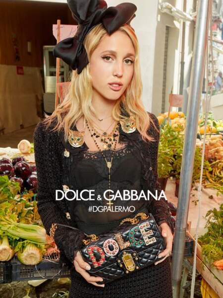 Maria-Olympia de Grèce a déjà prêté son visage aux créateurs Dolce & Gabbana pour leur campagne de prêt-à-porter automne-hiver 2017-2018.