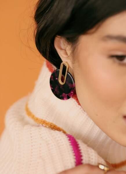 Boucles d'oreilles vinyle violette, 30€, Soi Paris