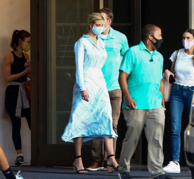Ivanka Trump et son mari Jared Kushner se promènent dans les rues de Miami