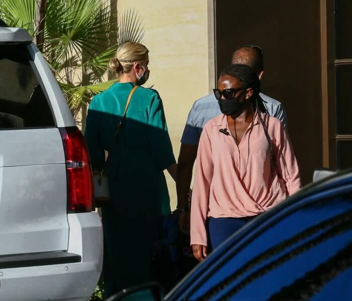 Ivanka Trump emmène ses enfants chercher une glace après l'école