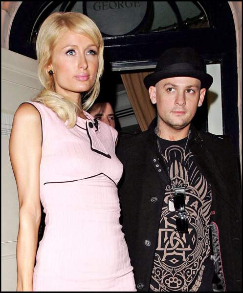 Paris Hilton et Benji Madden à la sortie d'un night club, à Beverly Hills.