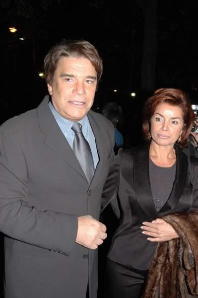 Bernard Tapie et sa femme Dominique à Paris en 2004