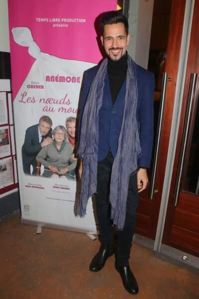"""Yoann Fréget (Yoann FreeJay) lors de la représentation de la pièce """"Les noeuds au mouchoir"""" dans la cadre de la soirée hommage dédiée aux 50 ans de carrière d'Anémone au Palais des Glaces à Paris, le 29 novembre 2017"""