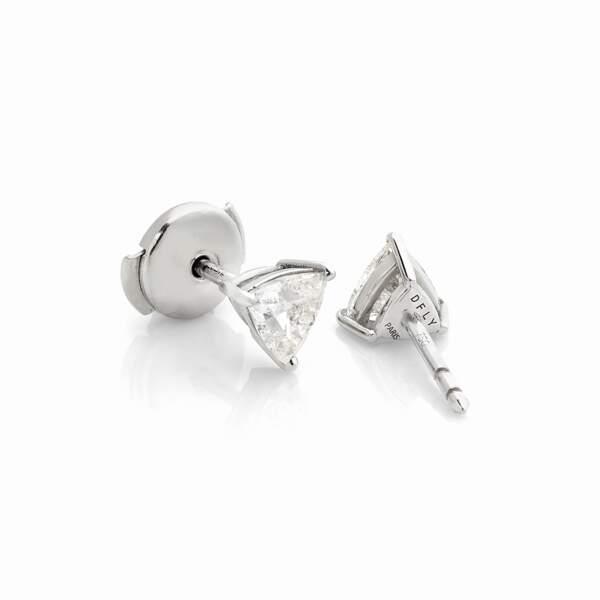 Boutons d'oreilles diamonfly, or gris et diamants de synthèse trillion, 3700€, Dfly Paris