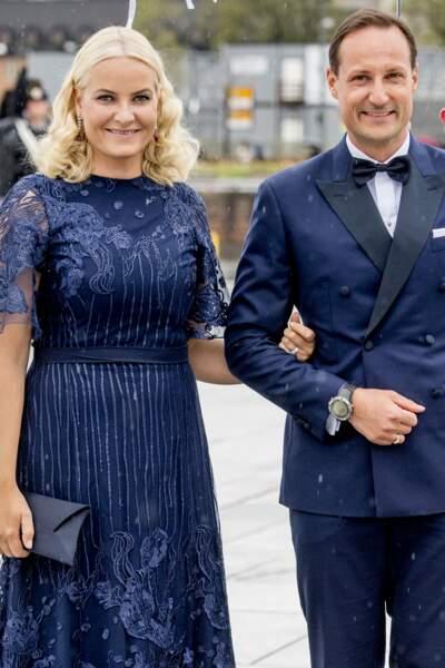 La princesse Mette Marit et le prince Haakon de Norvège au gala du 80ème anniversaire du roi Harald et de la reine Sonja de Norvège à Oslo le 10 mai 2017