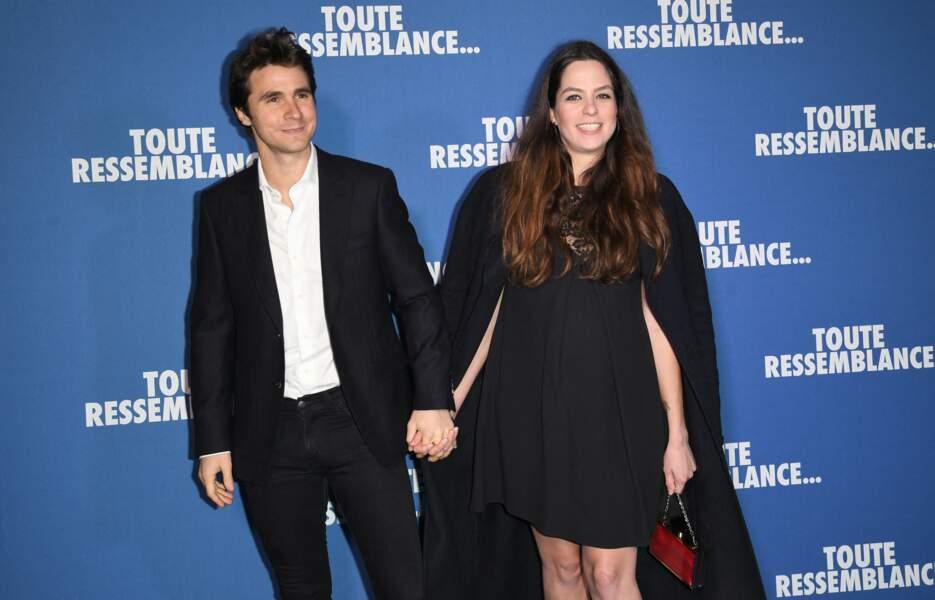 """Anouchka Delon et son compagnon Julien Dereims à l'avant-première du film """"Toute ressemblance..."""" à Paris, le 25 novembre 2019"""