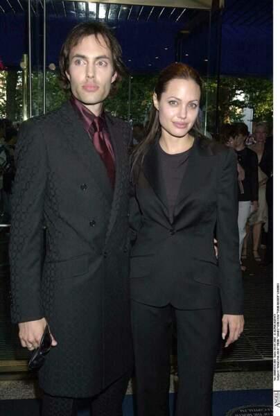 James Haven est le frère aîné d'Angelina Jolie
