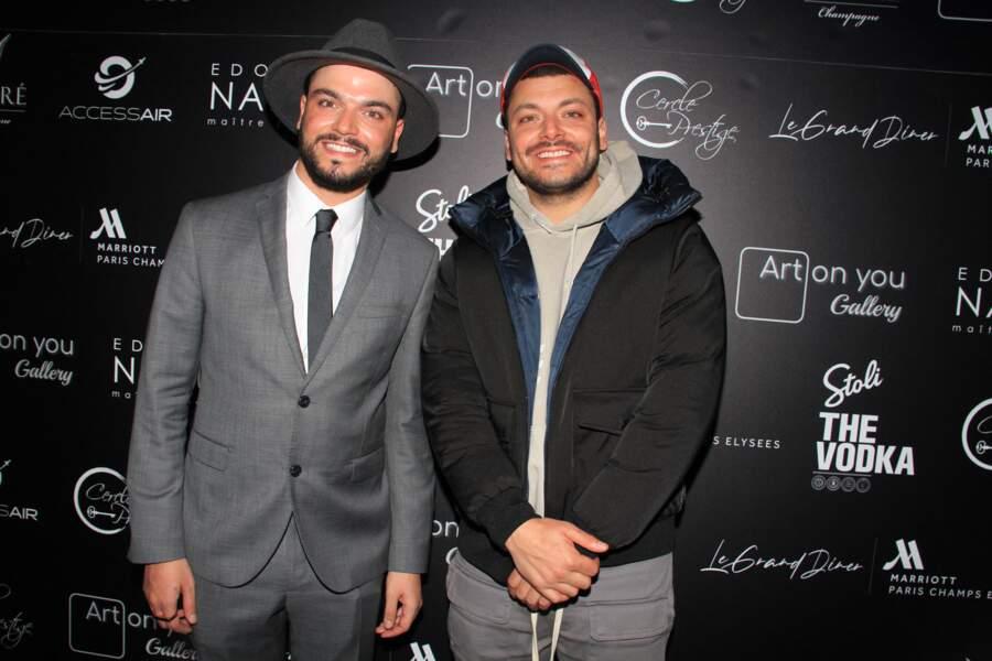 Noam, également appelé DJ Noyz, est le frère cadet de Kev Adams