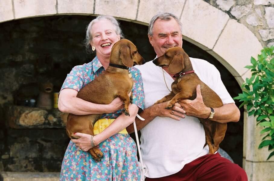 Margrethe de Danemark et le prince Henrik en vacances au château de Cayx, le 7 août 2001