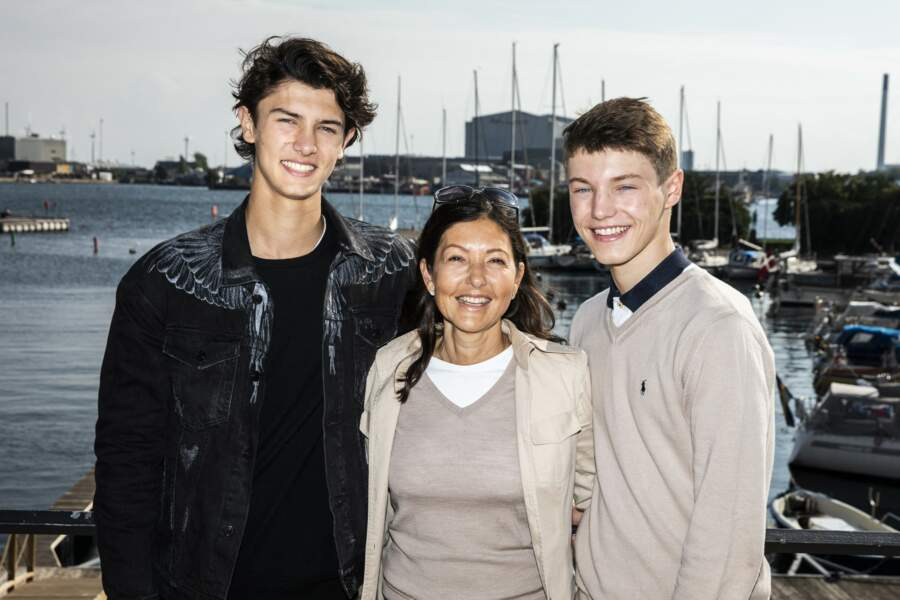 La comtesse Alexandra et ses fils, le prince Nikolai et le prince Felix de Danemark, lors du Ecco Walkathon, à Copenhague, le 9 septembre 2018.